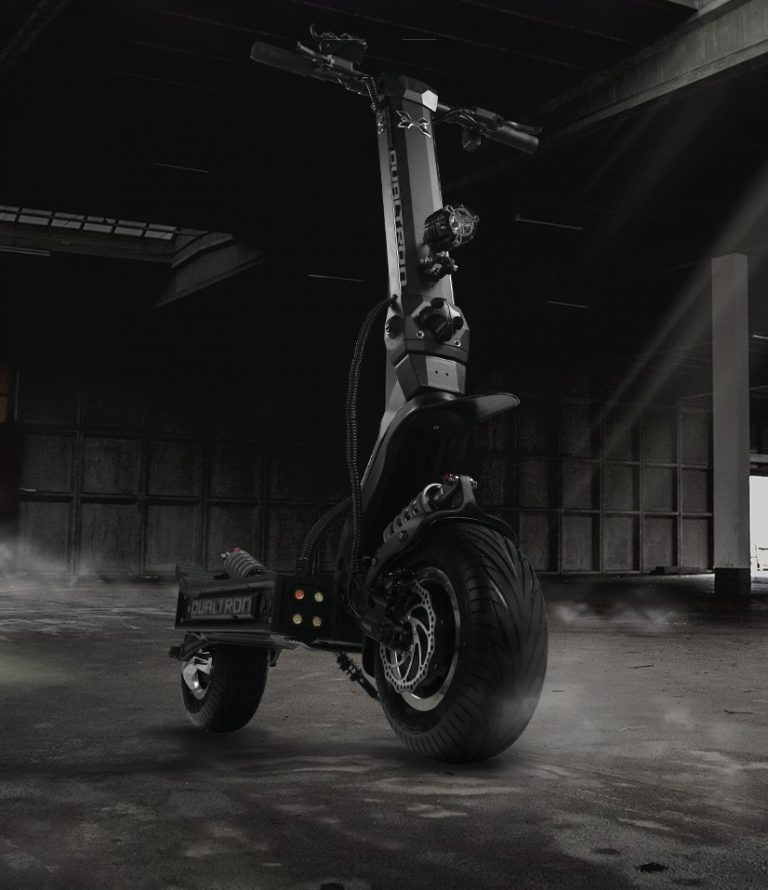 The Electric Scooter With The Longest Range – 120 Miles / 194 Kilometers