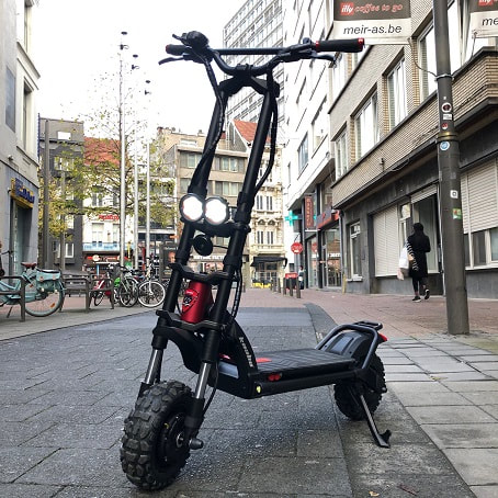 Kaabo Wolf Warrior Review – An Awesome Electric Scooter
