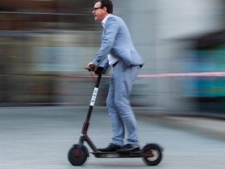 reasons to buy electric scooter